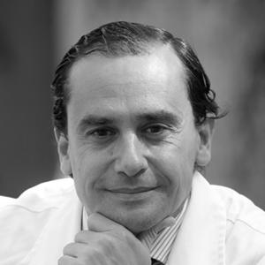 Dr. Salvador Morales - Conde